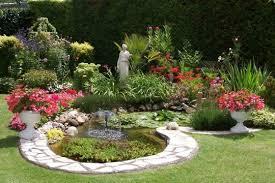 Le jardinage en été