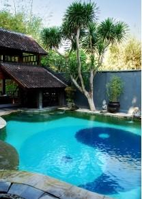 piscine-sur-mesure-yinyang