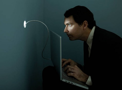 reseau-social-voyeur
