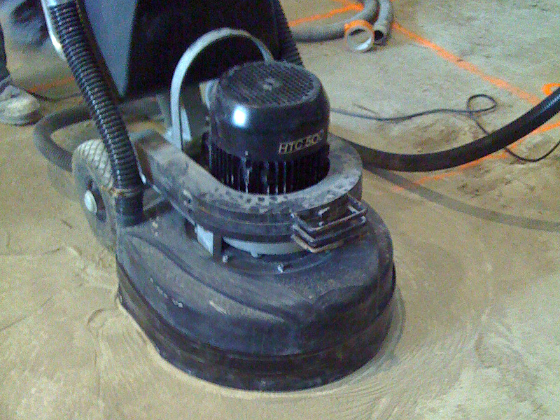 tout-savoir-poncage-beton-mode-demploi-sol-polissage